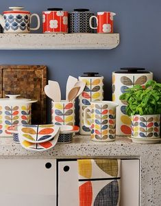 Buy Orla Kiely Multi Stem Kitchen Accessories from our Kitchen Collections range at John Lewis & Partners. Free Delivery on orders over Orla Kiely, Kitchen Colors, Kitchen Decor, Kitchen Ideas, Kitchen Inspiration, Kitchen Storage, Garden Inspiration, Mid-century Modern, Deco Retro