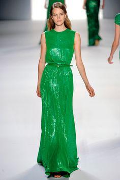 Elie Saab Spring 2012 Ready-to-Wear Collection Photos – Vogue… Couture Fashion, Runway Fashion, Fashion Show, Paris Fashion, Beautiful Summer Dresses, Beautiful Gowns, Elie Saab Spring, Green Fashion, Mannequins