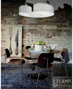 U LAMP - Luminaria U Lamp, explora el equilibrio a base de líneas curvas, estilo minimalista. La familia está compuesta por luminarias de suspensión con diferentes formas orgánicas. Las lámparas son un elemento imprescindible en la decoración de tu hogar. Iluminar el espacio es su principal función, sin embargo, también sirve como un excelente elemento decorativo. En nuestra colección os mostramos lámparas modernas de alta calidad con formas sencillas y minimalistas.