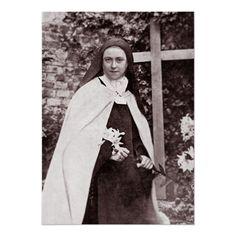 Therese of Lisieux - Saints & Angels - Catholic Online Catholic Saints, Roman Catholic, Catholic Prayers, Holly Pictures, Catholic Online, St Therese Of Lisieux, Religious People, Santa Teresa, Mother Teresa