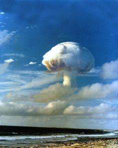 The mushroom cloud from a megaton nuclear detonation rises over Christmas Island during Operation Dominic, April 27 1962 Nuclear Test, Nuclear Bomb, Nuclear Energy, Tornados, Bric À Brac, Mushroom Cloud, Nuclear Disasters, Weapon Of Mass Destruction, Destroyer Of Worlds