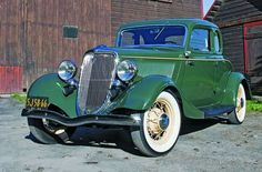 FORD DELUXE CLUB COUPE 1934