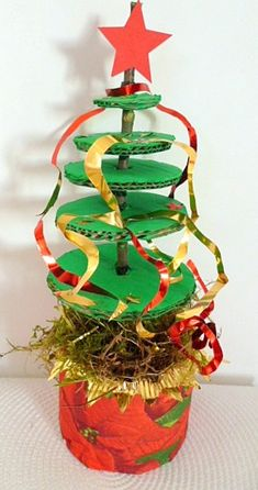 knutsel: Recycle for holiday gifts. Cool Christmas Trees, Noel Christmas, Winter Christmas, A Christmas Story, Christmas Decorations, Christmas Ornaments, Xmas Tree, Tree Crafts, Holiday Crafts