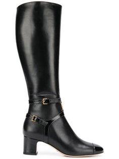 6c5df78a79 Las 13 mejores imágenes de botas de marca | Nike shoes outlet, Shoe ...