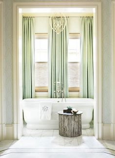 Absolutely love this bathtub!