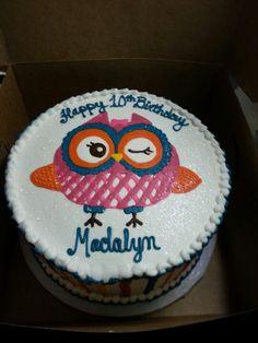 Owl birthday cake!! This is pretty cute.