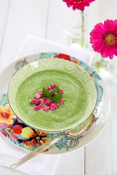 Green Soup 1 avocado 1 small zucchini, chopped 2 stalks celery, chopped 2 cups raw spinach 1/4 cup fresh parsley 1/2 cup fresh cilantro 2 slices green pepper 1/8 cup raw onion, chopped 1 small clove garlic 1/4 cup raw almonds, preferably soaked over night and rinsed 1/4 tsp sea salt to taste 1 1/2 cups filtered water juice of 1/2 to 1 lemon