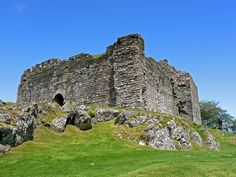 Castle Sween, a tribute to the Clan Macmillan! :D