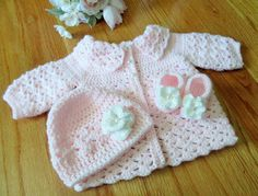 Baby Sweater Hat and Booties Newborn Baby Outfit by TheComfyBaby