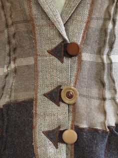 raggedyrags detail - love the odd combinations of fabric and buttons
