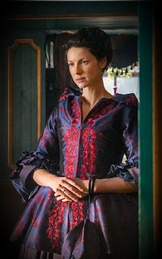 Jamie & Claire from the Outlander series - outlander-news: Jamie & Claire Fraser Claire Fraser, Jamie And Claire, Jamie Fraser, Diana Gabaldon, Outlander Season 2, Outlander Tv Series, Outlander News, Outlander Quotes, Costumes Outlander