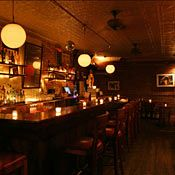 Clandestino - Cozy, small bar for a beer on Canal st & Ludlow