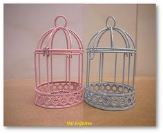 mini gaiola decorativa cores rosa e azul - altura 9cm