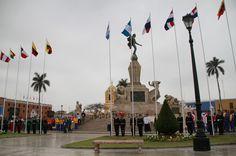 La bandera guatemalteca fue izada en la Plaza de Armas en la ciudad de Trujillo, Perú, por Óscar Maeda, en compañía de los tenistas Christopher Díaz, Luciano Ramazzini y Stefan González. Esto durante el acto de bienvenida a las delegaciones deportivas de los 11 países que competirán en los XVII Juegos Bolivarianos de 2013.