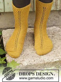 Harvest Dance Socks - DROPS Harvest Dance Socks Knitting Socks, Knitting Stitches, Knitting Patterns Free, Free Knitting, Crochet Patterns, Drops Design, Drops Karisma, Dance Socks, Double Pointed Knitting Needles