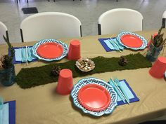 Back to nature boho fox table setting birthday party Young Wild Free, Wild And Free, 10th Birthday Parties, Arrows, Aztec, Feather, Table Settings, Fox, Party