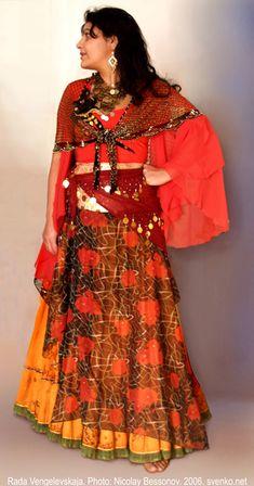 Gypsy show costume, photo ***