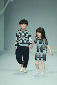 Kidswear brand jnby by jnby reconfirms the importance of matchy-matchy fashion in Asia at China Fashion Week.