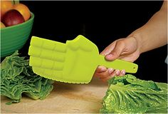 Funny pictures about Karate lettuce chopper. Oh, and cool pics about Karate lettuce chopper. Also, Karate lettuce chopper photos. Kitchen Tools, Kitchen Gadgets, Kitchen Stuff, Quirky Kitchen, Kitchen Products, Kitchen Utensils, Awesome Kitchen, Kitchen Knives, House Gadgets