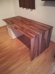 Table, Furniture, Home Decor, Wood, Homemade Home Decor, Mesas, Home Furnishings, Desk, Decoration Home