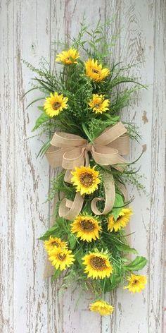 Sunflowers Swag, Sunflower Wreath, Front Door Wreath, Door swag, Double door Wreaths, All season Swag, Summer Wreath, Back door Wreath, Spring Wreath, Front Door Wreath, Everyday Wreath, Door Wreaths, Wreath Swag, Fun Wreath, Natural Wreath, Summer Swag, Summer Door Wreath, All Season Wreath