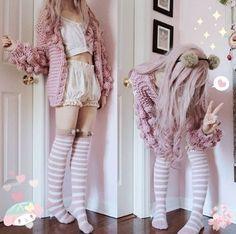 42 Kawaii Photos to Inspire Your Fashion & Makeup This Week Harajuku Mode, Harajuku Fashion, Kawaii Fashion, Lolita Fashion, Cute Fashion, Fashion Outfits, Thigh High Outfits, Thigh High Socks Outfit, High Socks Outfits