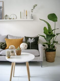 All Details You Need to Know About Home Decoration - Modern Small Living Rooms, Home Living Room, Living Room Furniture, Living Room Decor, Living Spaces, Bedroom Decor, Room Inspiration, Interior Inspiration, Happy New Home