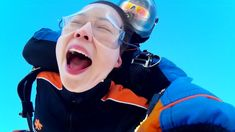 Tandem jumps from m altitude, 1 minute free falling at 200 km/h Tandem Jump, Skydiving, Free