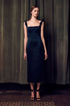 Katie Ermilio Fall 2016 Ready-to-Wear Fashion Show  http://www.theclosetfeminist.ca/  http://www.vogue.com/fashion-shows/fall-2016-ready-to-wear/katie-ermilio/slideshow/collection#3