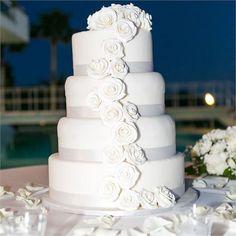 Sonal & Asghar's Real Wedding - Italian Wedding Cake #hitchedrealwedding