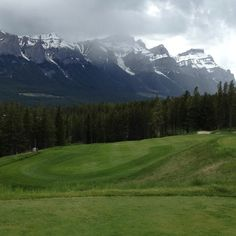 Silvertip Golf Club in Canmore, Canada (Canadian Rockies)