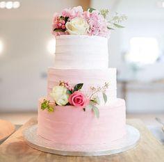 Pink flowery cake