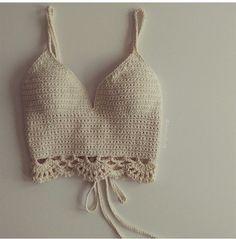 Find Out Where To Get The Swimwear für Badebekleidung Crochet Summer Tops, Crochet Crop Top, Cute Crochet, Crochet Top Outfit, Crochet Clothes, Crochet Designs, Crochet Patterns, Bralette Pattern, Bikini Crochet
