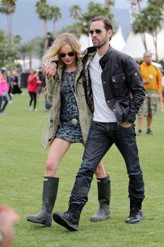 Kate+Bosworth+stays+warm+Michael+Polish+Coachella+aFyvXNZtS2xl.jpg (396×594)