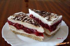 Nepečený višňový dortík