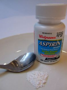 Salicylic acid. It's one of the topical applications used for acne treatment, and it just so happens to be a natural part of aspirin. Crush up the pill and add some water to make a paste. Apply the aspirin paste to your pimple and wait for several minutes. Rinse off without rubbing too much, and the pimple should diminish in redness and size.