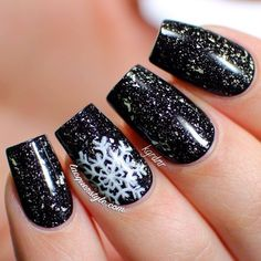 Black with White Snowflake | Winter Nail Design