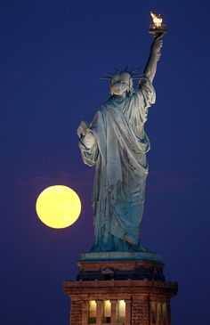 80 best statue of liberty in nyc images statue of liberty statue rh pinterest com
