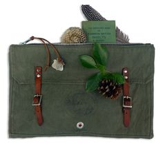 Trail Camper Pack Pouch by Den and Delve