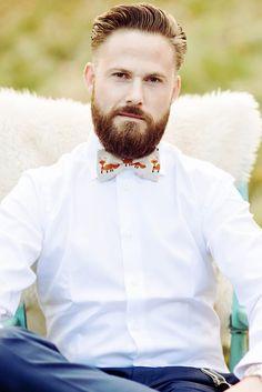 Fox wedding bow tie @weddingchicks