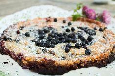 Blåbärspaj Raw Food Recipes, Sweet Recipes, Cake Recipes, Yummy Treats, Sweet Treats, Pie Dessert, No Bake Desserts, Sweet Tooth, Bakery