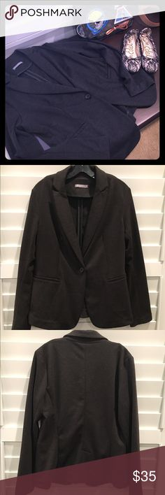 Olivia Moon Dark Gray Knit Blazer, Size Large A lightweight knit, dark gray blazer with tailored lines and modern styling is a great addition to any closet. I love this type of blazer because it can be dressed up or down, looks tres chic and classy, while being oh so comfortable. The designer is Olivia Moon, and I purchased this jacket from Nordstrom. Excellent condition, shows no signs of wear. Additional details: 70% polyester, 25% rayon and 5% spandex; single button closure, front…