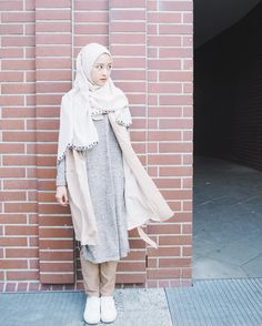 Best Ideas For Style Hijab Remaja Gemuk hijab remaja gendut Casual Hijab Outfit, Hijab Chic, Dress Casual, Niqab, Trendy Fashion, Fashion Outfits, Modest Fashion, Fasion, Womens Fashion