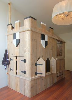 Awesome Cool Loft Bed Design Ideas and Inspirations 97 Fantastische coole Hochbett-Design-Ideen und Cubby Houses, Play Houses, Kid Beds, Bunk Beds, Mydal Ikea, Cool Loft Beds, Castle Playhouse, Kids Castle, Wendy House