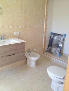 Así va quedando la reforma del baño en Llucmajor (Mallorca)...