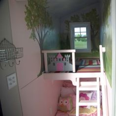Tiny House Nation Princess Bedroom With Playroom Loft Painted Mural On I