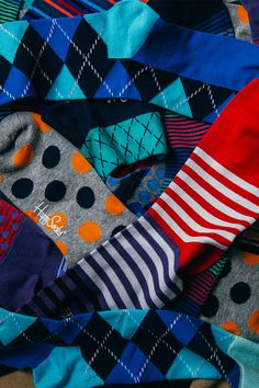 JackThreads is one of the best online clothing stores - Happy Socks makes happy socks. Funky Socks, Colorful Socks, My Socks, Happy Socks, Cool Socks, Fashion Socks, Mens Fashion, Jack Threads, Le Male