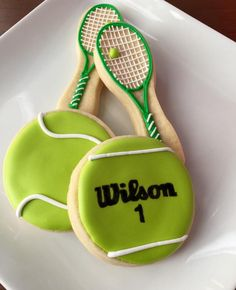 Cookies just as delicious as they are beautiful! Tennis Cupcakes, Tennis Decorations, November Events, Fall Decorated Cookies, Tennis Party, Novelty Birthday Cakes, Cookie Designs, Fun Cookies, Cookie Desserts