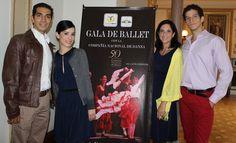 La Compañía Nacional de Danza Gala de Ballet en el Teatro de la Ciudad. En esta pleca, Carlos Carrillo (compositor), Mahaimiti Acosta (Bailarina), Laura Morelos (Directora) y Roberto Rodríguez (Bailarín). Foto: Dardané Pérez Romero / Secretaría de Cultura.