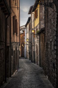 old streets of Ascoli Piceno, Italy by Birgit Pittelkow on 500px